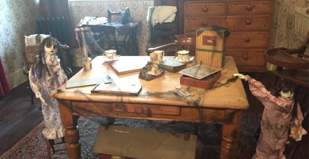 tamworth-castle-dolls