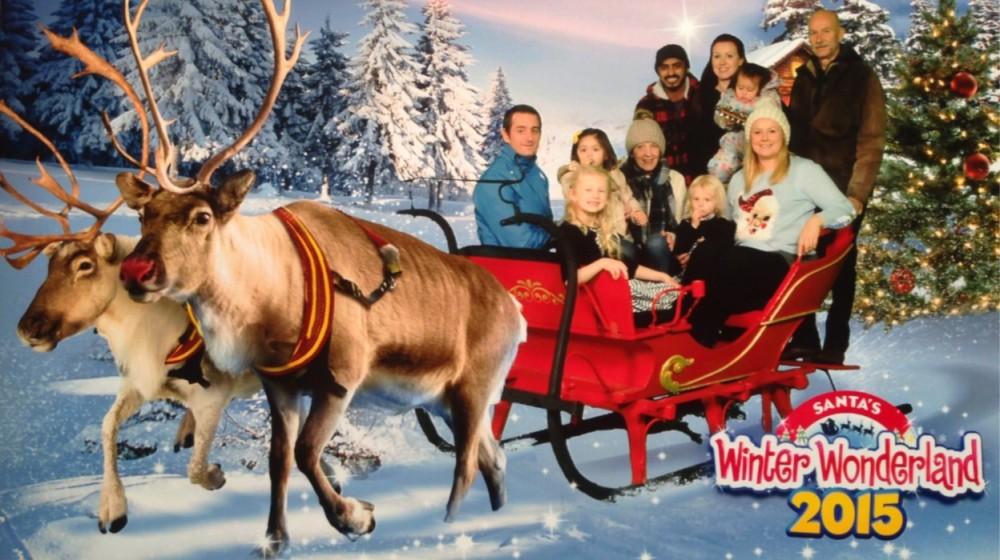 snowdomes-winter-wonderland-family-shoot